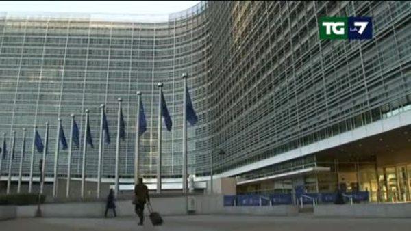 Manovra, Bruxelles tace. In Parlamento piovono gli emendamenti