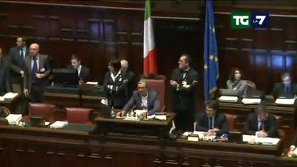 Manovra al rush finale il testo oggi al senato for Discussione al senato oggi
